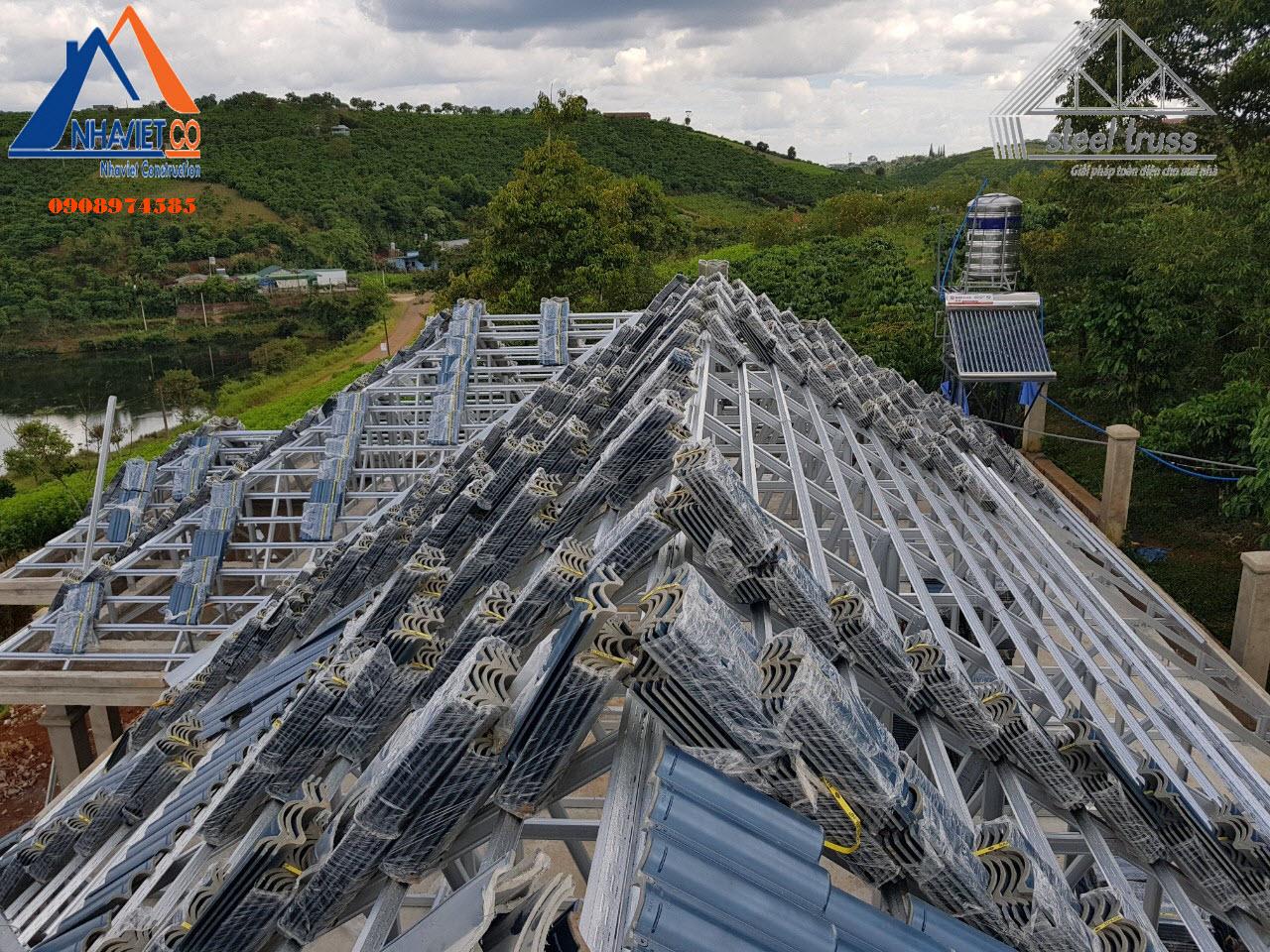 Thi công mái nhà ở Bình Thuận